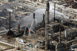 Explosion in an oil refinery